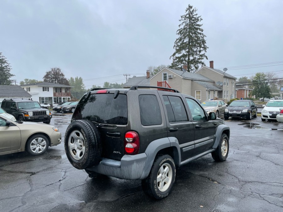 Used Jeep Liberty 4dr Sport 4WD 2005 | CT Car Co LLC. East Windsor, Connecticut