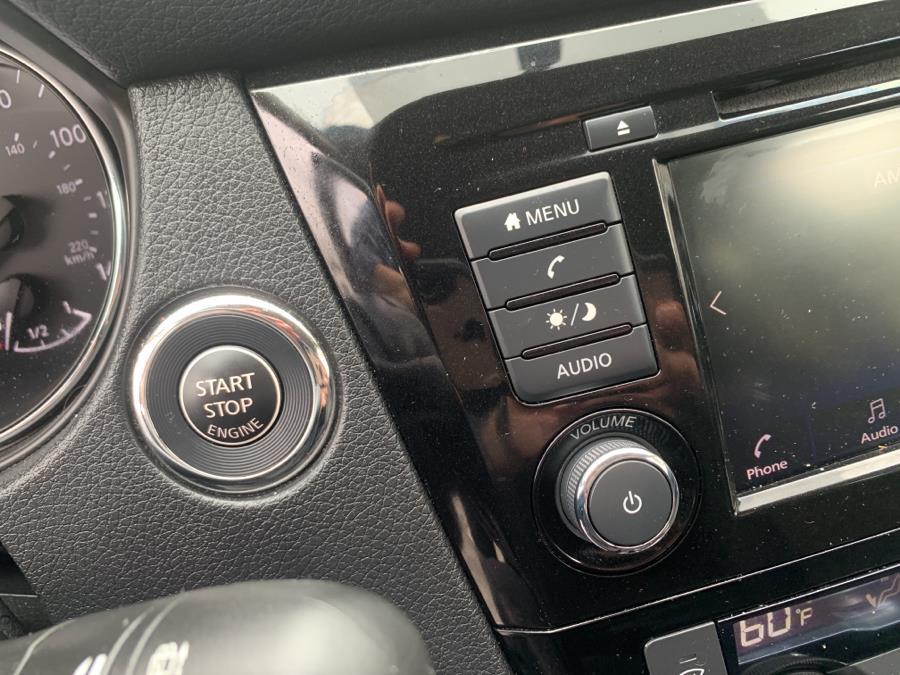 Used Nissan Rogue AWD SV 2018   Auto Haus of Irvington Corp. Irvington , New Jersey