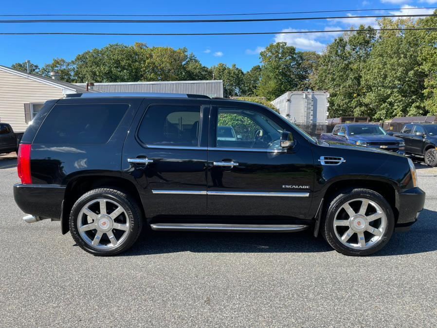 Used Cadillac Escalade AWD 4dr Luxury 2011   New Beginning Auto Service Inc . Ashland , Massachusetts