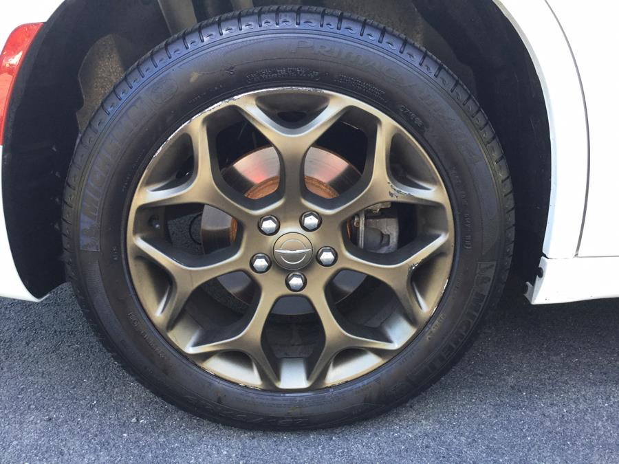 Used Chrysler 300 300S AWD 2017   L&S Automotive LLC. Plantsville, Connecticut