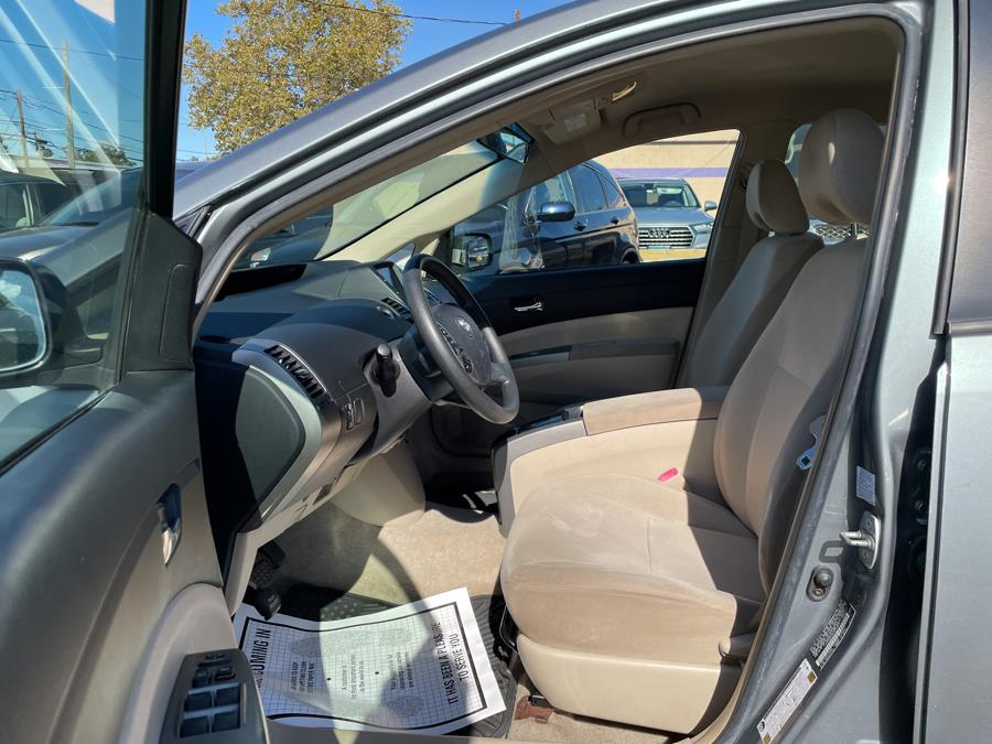 Used Toyota Prius 5dr HB (Natl) 2005 | Auto Store. West Hartford, Connecticut