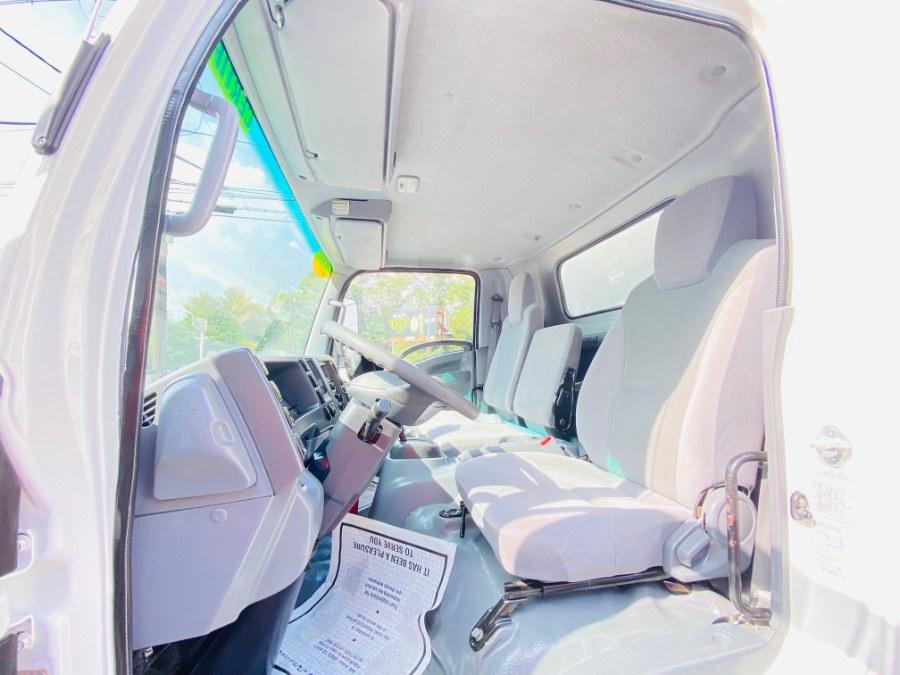 Used Isuzu NPR HD GAS REG 20 FEET DRY BOX + SIDE DOOR + LIFT GATE + NO CDL 2017 | NJ Truck Spot. South Amboy, New Jersey