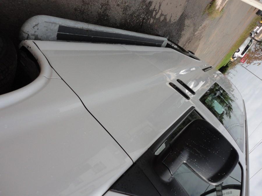 "Used GMC express Savana Cargo Van RWD 2500 135"" 2019 | International Motorcars llc. Berlin, Connecticut"