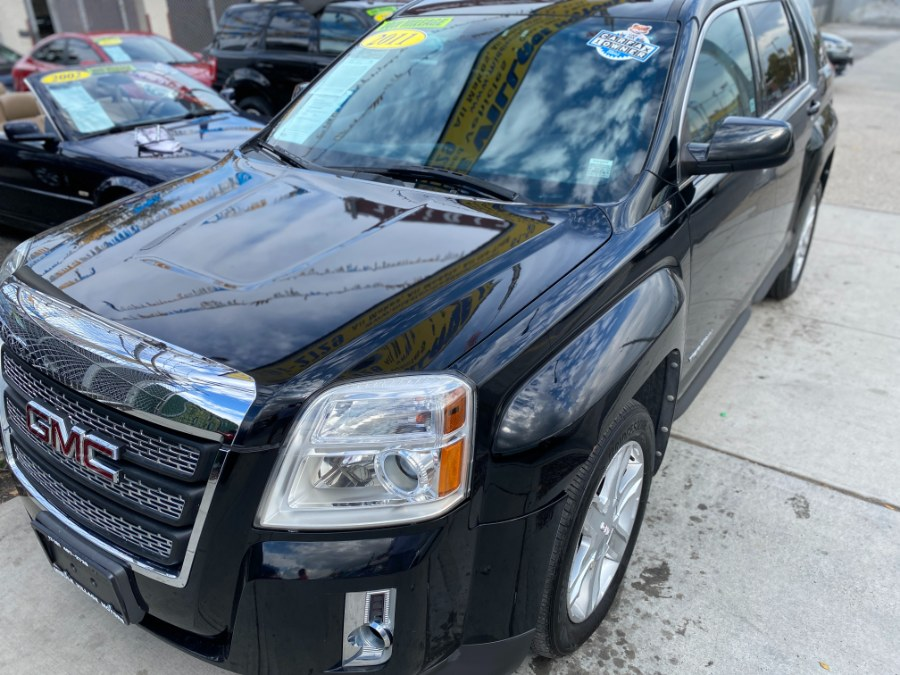 Used 2011 GMC Terrain in Middle Village, New York | Middle Village Motors . Middle Village, New York