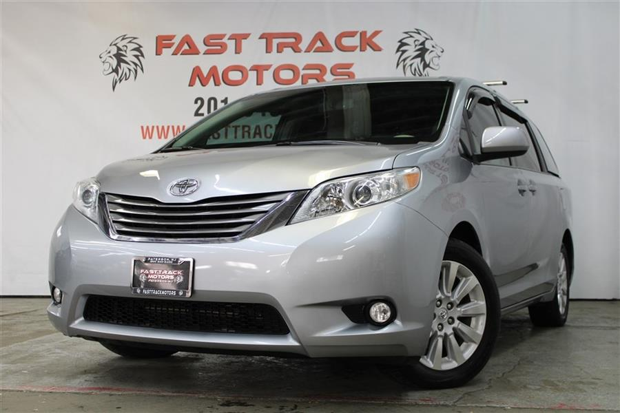 Used Toyota Sienna XLE 2014   Fast Track Motors. Paterson, New Jersey