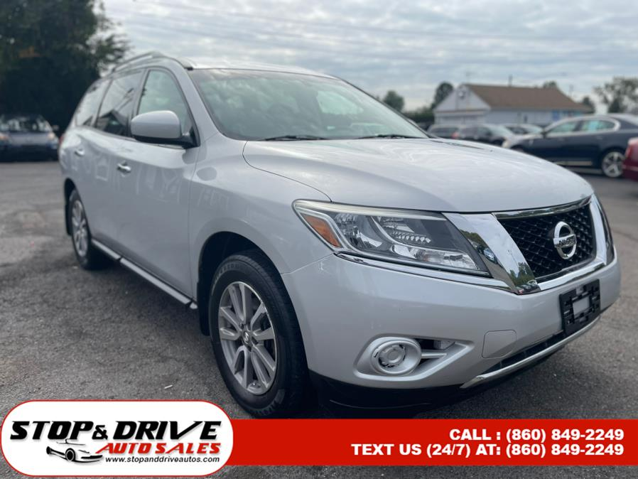 Used Nissan Pathfinder 4WD 4dr S 2014 | Stop & Drive Auto Sales. East Windsor, Connecticut