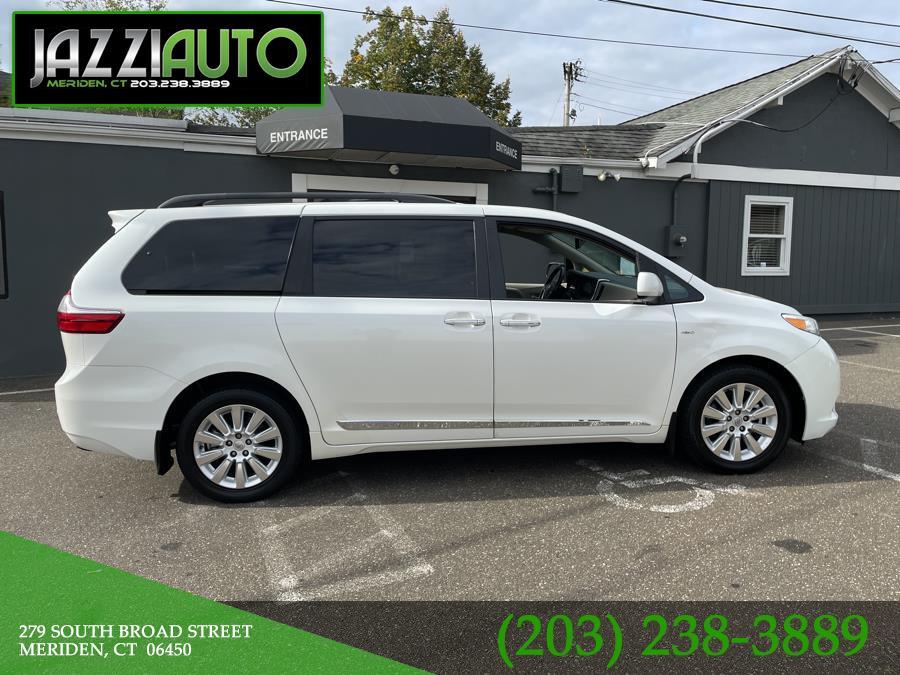 Used 2016 Toyota Sienna in Meriden, Connecticut | Jazzi Auto Sales LLC. Meriden, Connecticut