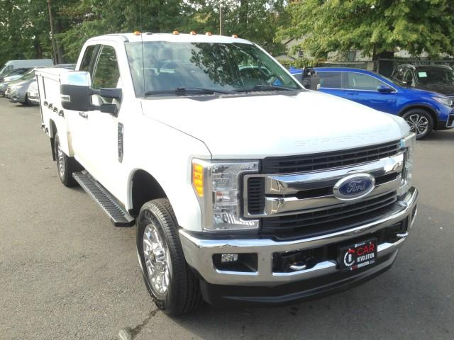 Used Ford F-350 Srw Super Duty XLT 4WD Commercial w/ rearCam 2017 | Car Revolution. Maple Shade, New Jersey