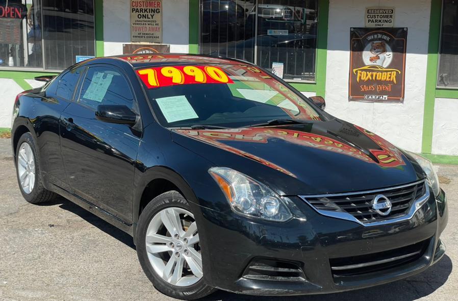 Used 2010 Nissan Altima in Corona, California | Green Light Auto. Corona, California
