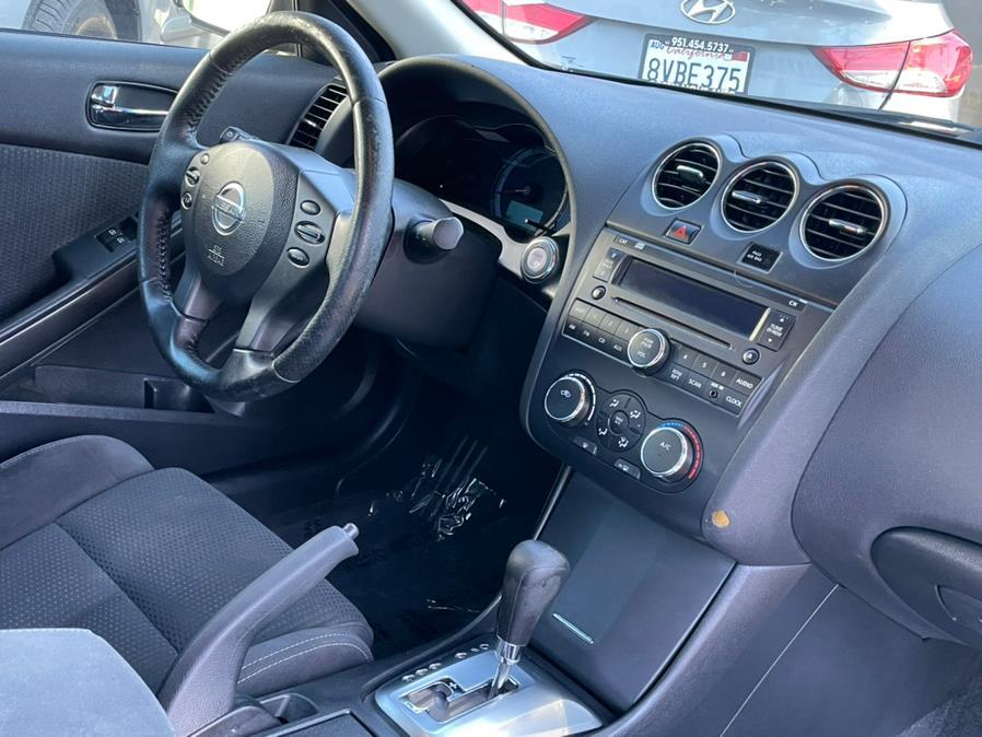 Used Nissan Altima 2dr Cpe I4 CVT 2.5 S 2010 | Green Light Auto. Corona, California