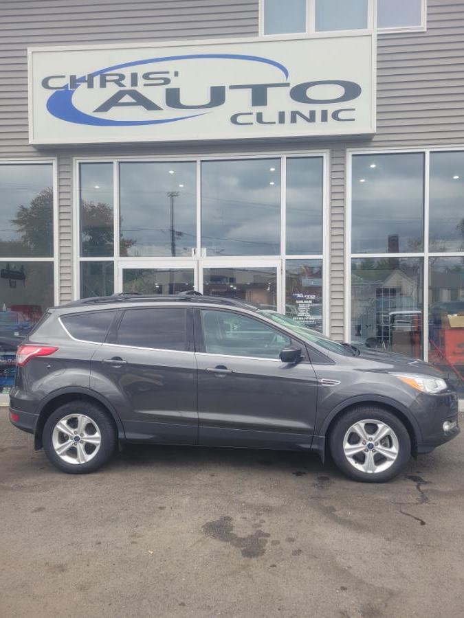 Used Ford Escape 4WD 4dr SE 2016 | Chris's Auto Clinic. Plainville, Connecticut