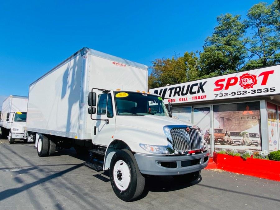 Used INTERNATIONAL 4300 26 FEET DRY BOX + LIFT GATE + CUMMINS ENG + NO CDL 2018 | NJ Truck Spot. South Amboy, New Jersey