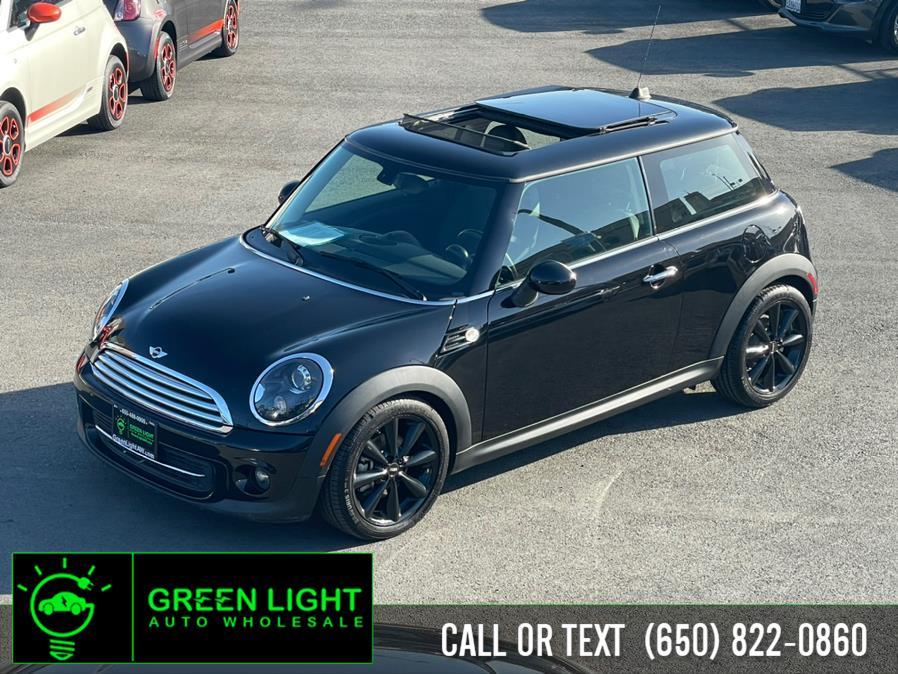 Used MINI Cooper Moonroof 2013 | Green Light Auto Wholesale. Daly City, California