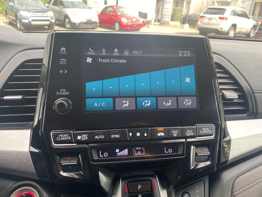 Used Honda Odyssey EX-L w/Navi/RES Auto 2019   Auto Haus of Irvington Corp. Irvington , New Jersey
