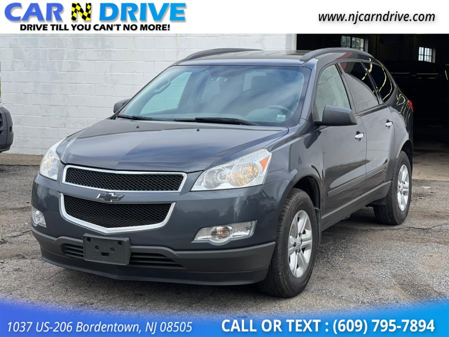 Used Chevrolet Traverse LS FWD w/PDC 2012 | Car N Drive. Bordentown, New Jersey