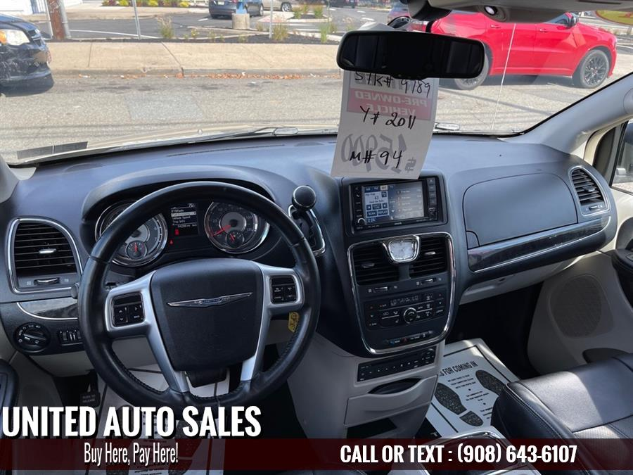 Used Chrysler Town & Country TOURING L 2011 | United Auto Sale. Newark, New Jersey