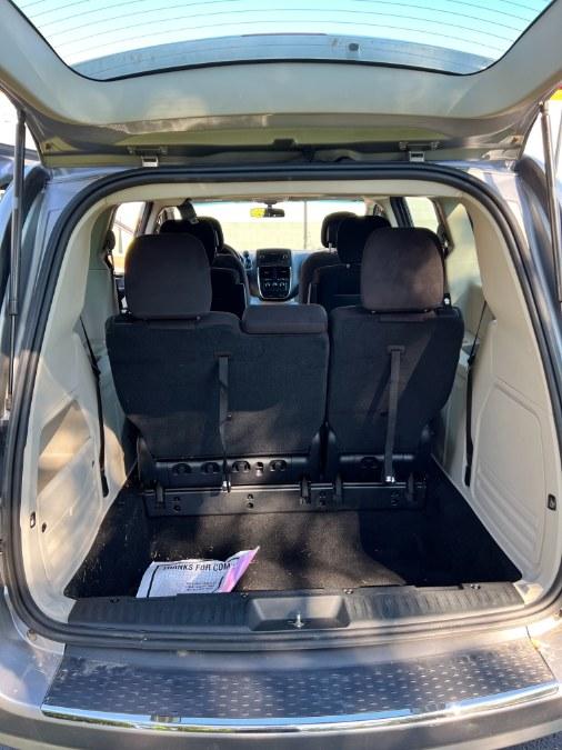Used Dodge Grand Caravan 4dr Wgn SE 2014 | A-Tech. Medford, Massachusetts