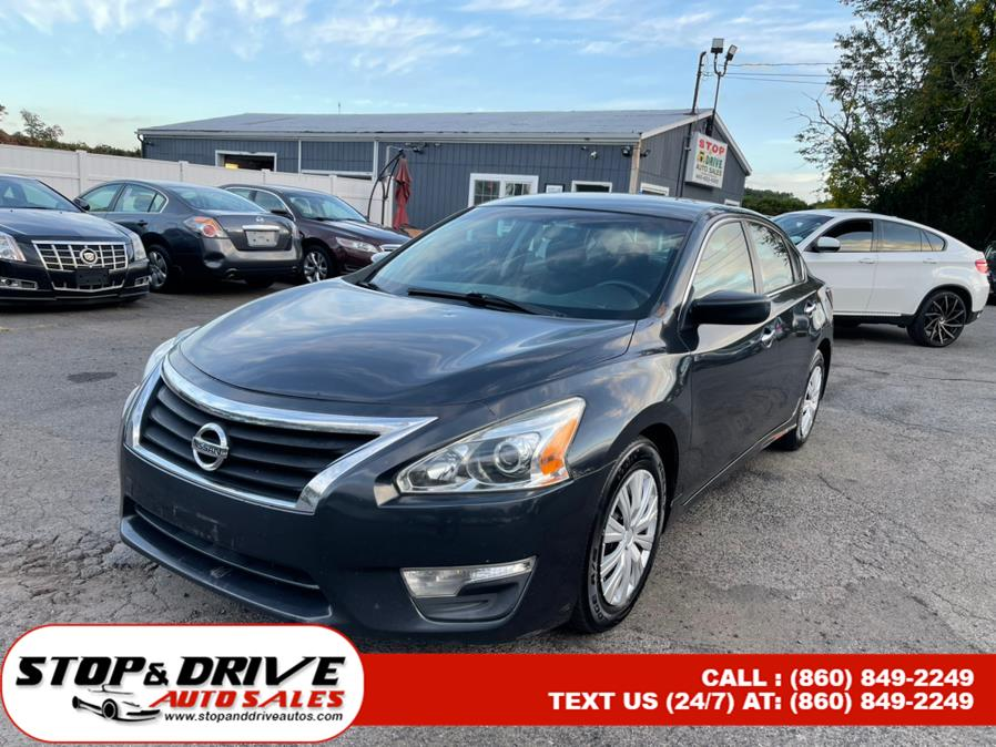 Used 2014 Nissan Altima in East Windsor, Connecticut | Stop & Drive Auto Sales. East Windsor, Connecticut