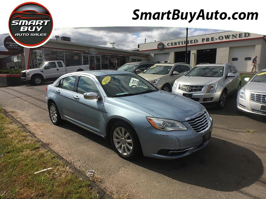 Used Chrysler 200 4dr Sdn Limited 2013 | Smart Buy Auto Sales, LLC. Wallingford, Connecticut