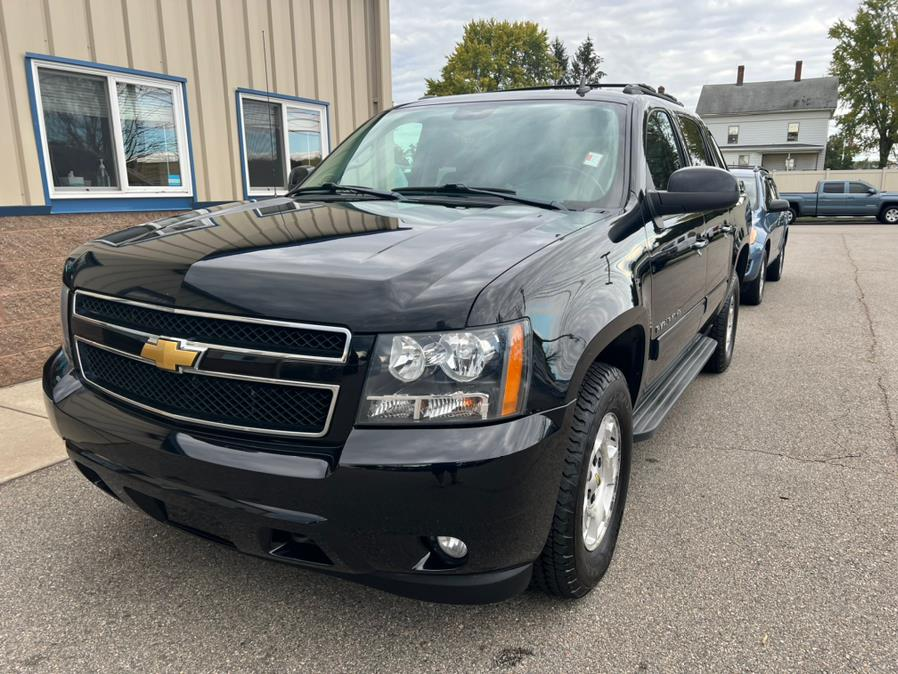 Used 2013 Chevrolet Avalanche in East Windsor, Connecticut | Century Auto And Truck. East Windsor, Connecticut