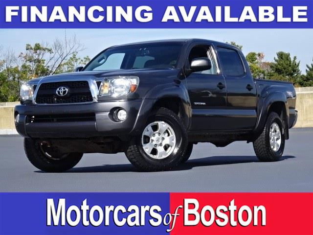 Used Toyota Tacoma 4WD Double V6 AT 2011 | Motorcars of Boston. Newton, Massachusetts