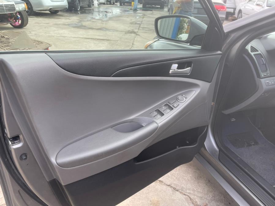 Used Hyundai Sonata 4dr Sdn 2.4L Auto GLS PZEV *Ltd Avail* 2011   Brooklyn Auto Mall LLC. Brooklyn, New York