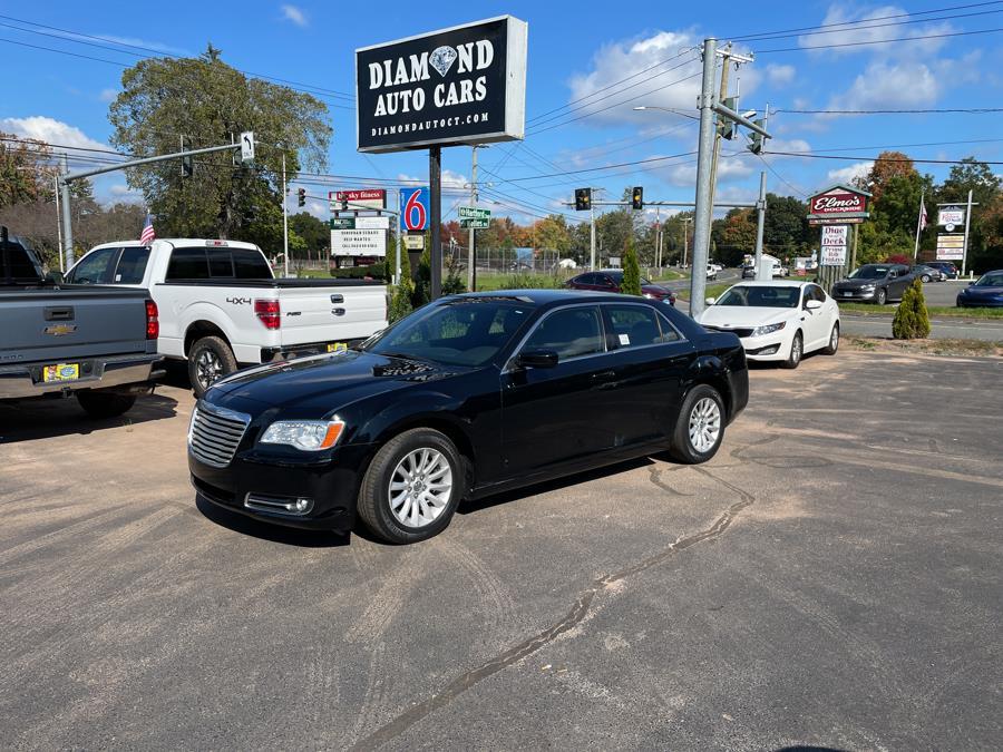 Used 2014 Chrysler 300 in Vernon, Connecticut | Diamond Auto Cars LLC. Vernon, Connecticut