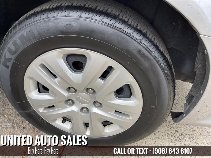 Used Dodge Grand Caravan SE 2018 | United Auto Sale. Newark, New Jersey