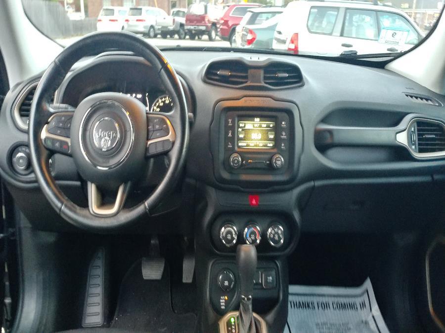 Used Jeep Renegade Latitude 4x4 2017   Matts Auto Mall LLC. Chicopee, Massachusetts