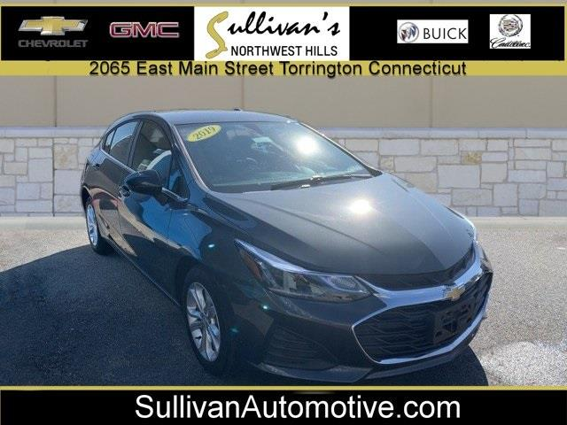 Used 2019 Chevrolet Cruze in Avon, Connecticut | Sullivan Automotive Group. Avon, Connecticut