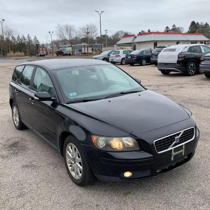 Used Volvo V50 2.5L Turbo Auto 2006 | Payless Auto Sale. South Hadley, Massachusetts