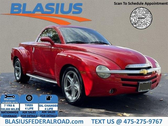 Used Chevrolet Ssr Base 2004 | Blasius Federal Road. Brookfield, Connecticut