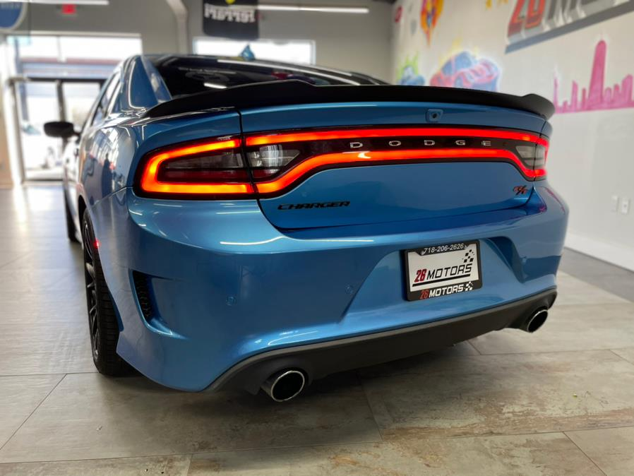 Used Dodge Charger Scat Pack R/T Scat Pack RWD 2018   Jamaica 26 Motors. Hollis, New York