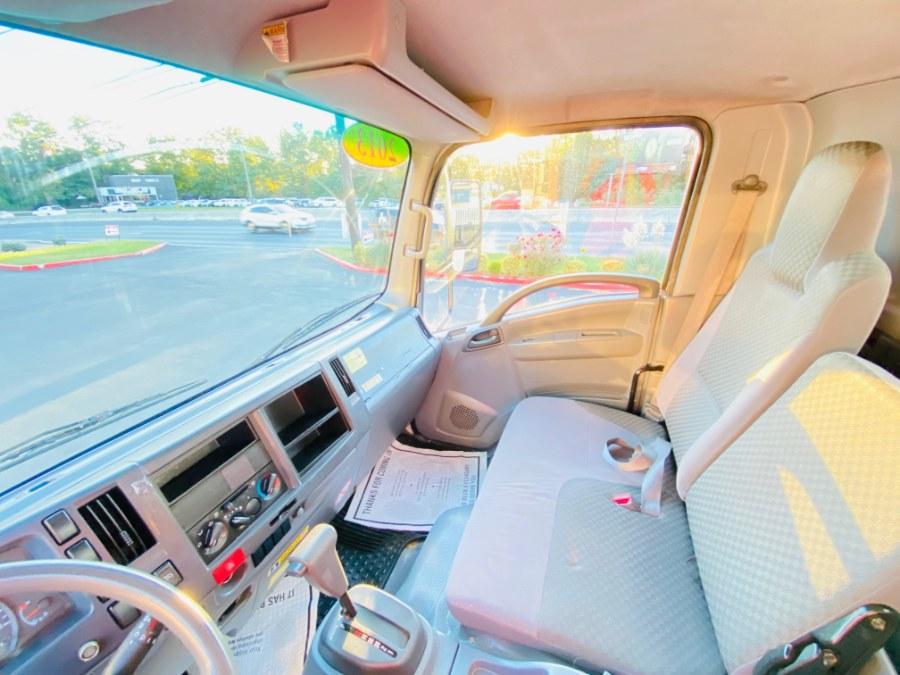 Used Isuzu NPR GAS REG 14 FEET DRY BOX + RAMP + NO CDL 2013   NJ Truck Spot. South Amboy, New Jersey