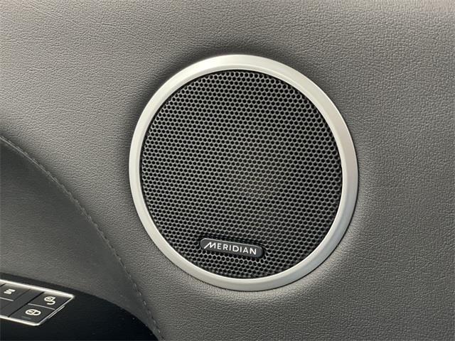 Used Land Rover Range Rover 5.0L V8 Supercharged 2016   Eastchester Motor Cars. Bronx, New York