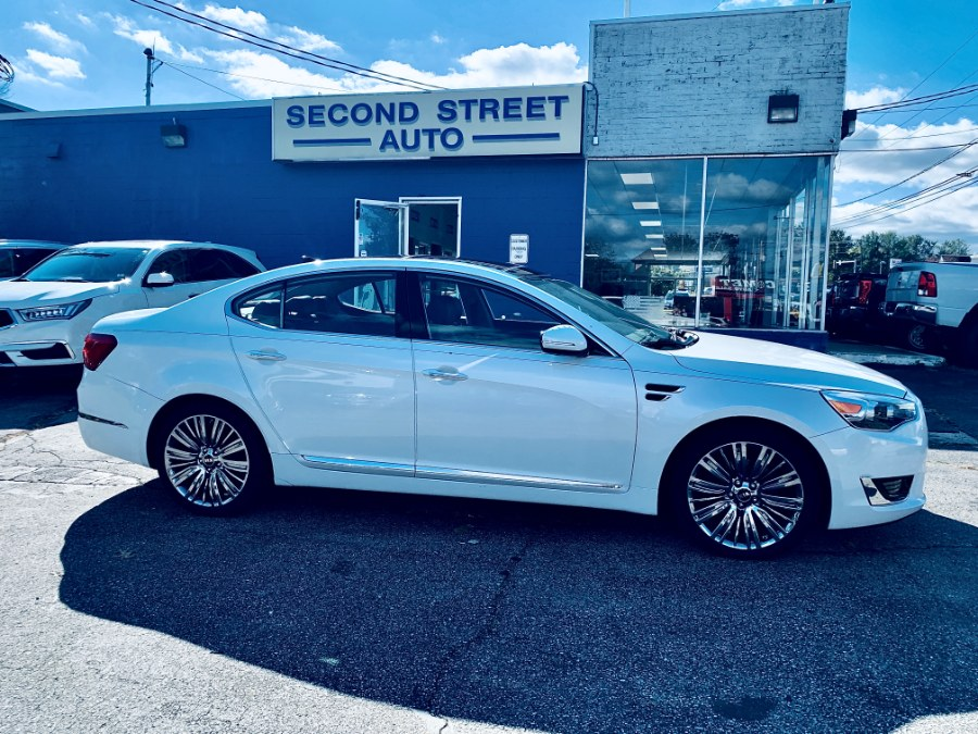 Used Kia Cadenza 4dr Sdn Limited 2016 | Second Street Auto Sales Inc. Manchester, New Hampshire