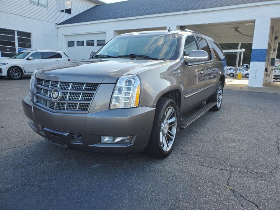 Used 2012 Cadillac Escalade ESV in Brockton, Massachusetts | Capital Lease and Finance. Brockton, Massachusetts